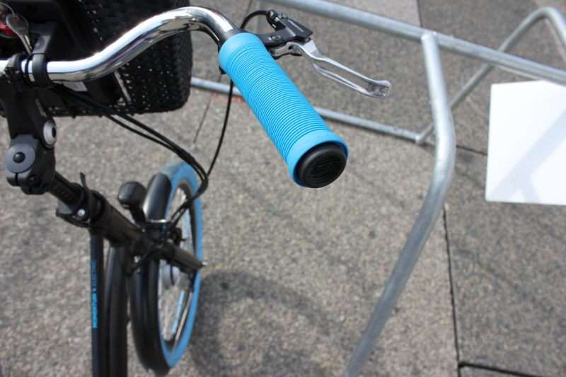 Le guidon est un élément du vélo aussi important que votre selle (lien article choisir selle) pour votre confort. Heureusement pour vous, il existe très probablement de nombreux guidons qui s'adapteront à votre morphologie et votre utilisation.