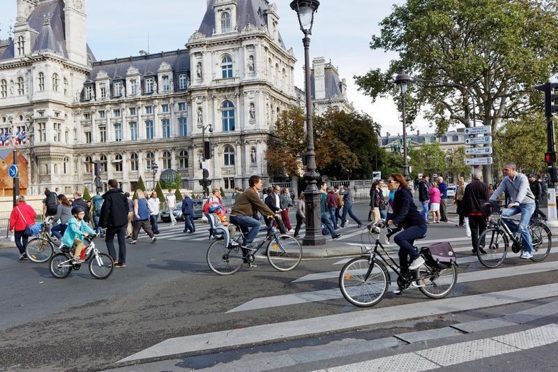 Journée sans voiture. Paris va pouvoir respirer